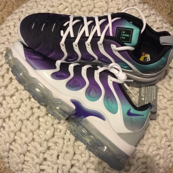 size 40 aab08 26a78 Air Vapormax PLUS NWT